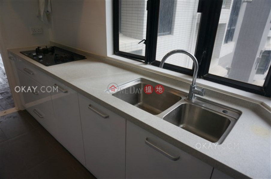 HK$ 65,000/ month   Grand Garden, Southern District   Luxurious 3 bedroom with balcony & parking   Rental