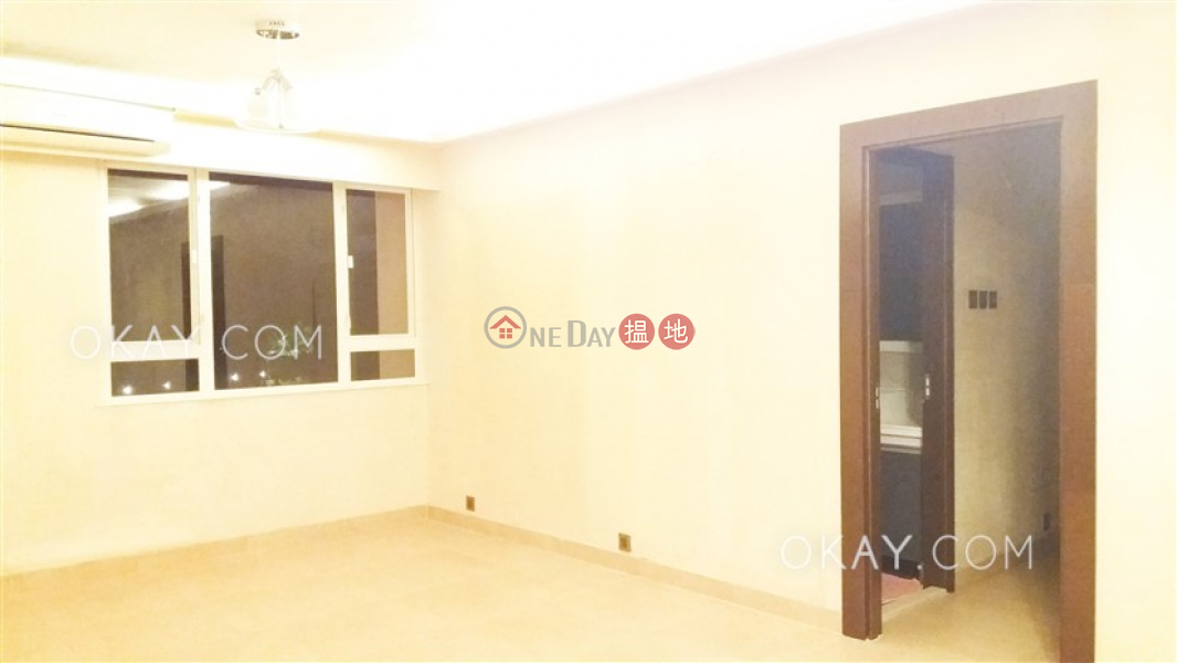 HK$ 14.2M, Shatin Lodge, Sha Tin, Unique 3 bedroom with balcony | For Sale
