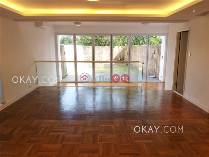 Exquisite 3 bedroom with parking | Rental | Stanley Green 維璧別墅 Rental Listings