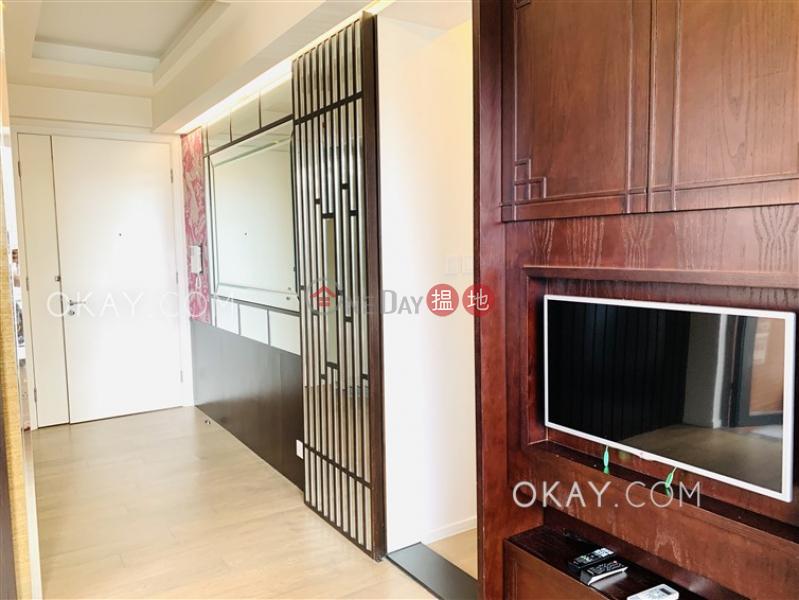 HK$ 28,000/ month, The Warren, Wan Chai District Cozy 1 bedroom with balcony   Rental
