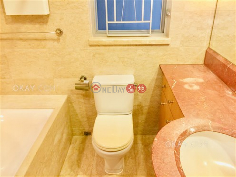 Rare 3 bedroom in Kowloon Station | For Sale | 1 Austin Road West | Yau Tsim Mong | Hong Kong | Sales | HK$ 27M