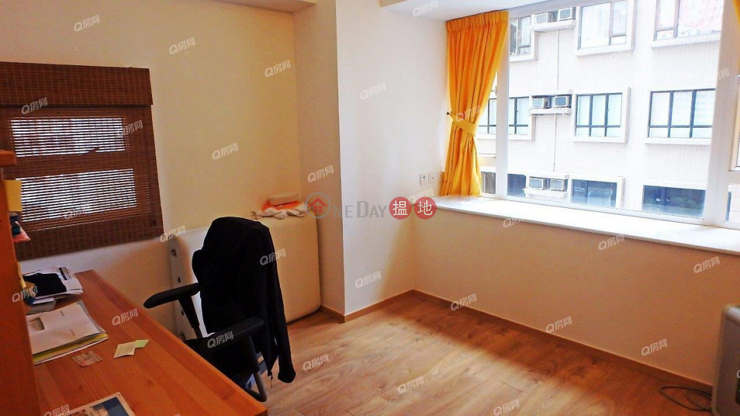 Property Search Hong Kong | OneDay | Residential | Sales Listings Robinson Heights | 2 bedroom Low Floor Flat for Sale