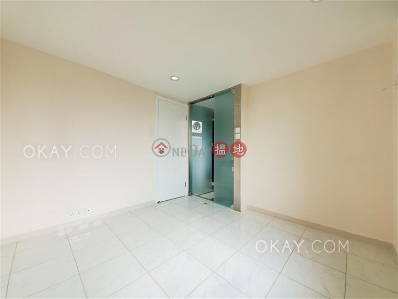 HK$ 32,000/ month | MANSFIELD COURT | Kowloon City, Tasteful 3 bedroom on high floor with balcony & parking | Rental