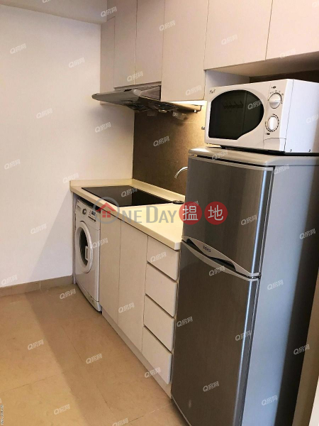 Property Search Hong Kong | OneDay | Residential | Rental Listings | Pak Ling Building | 2 bedroom Low Floor Flat for Rent