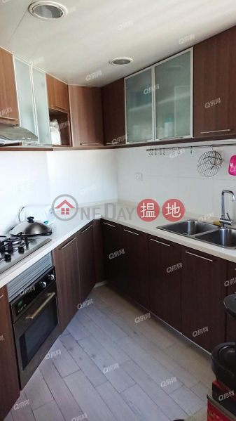 Property Search Hong Kong | OneDay | Residential | Sales Listings | Robinson Place | 3 bedroom High Floor Flat for Sale