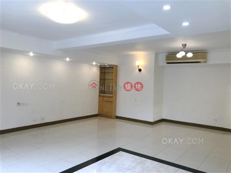 Tasteful 3 bedroom with parking | Rental, Grandeur Villa 瑰麗新村 Rental Listings | Kowloon Tong (OKAY-R372935)