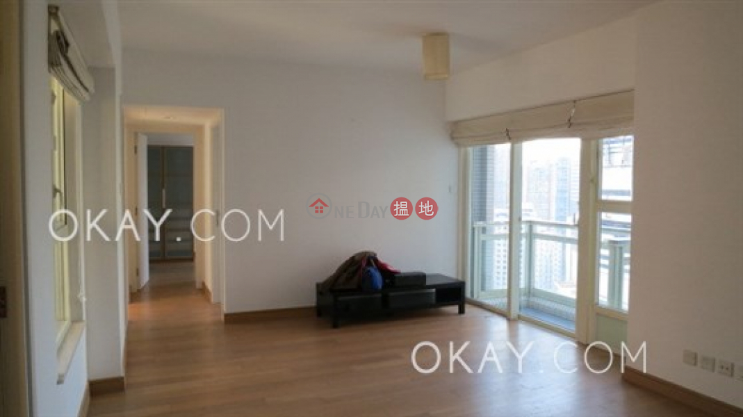 HK$ 20.5M, Centrestage, Central District, Stylish 3 bed on high floor with sea views & balcony   For Sale