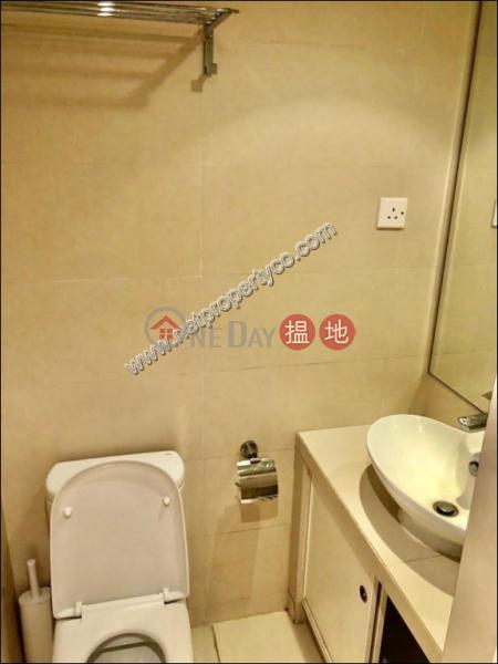 香港搵樓|租樓|二手盤|買樓| 搵地 | 住宅出租樓盤Conveniently Located in Sheung Wan Apartment