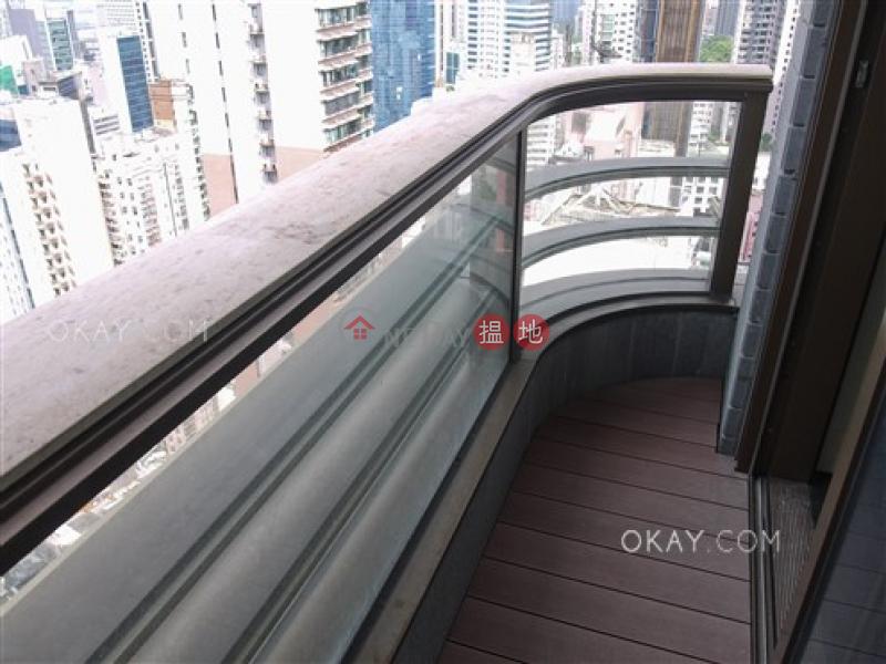Nicely kept 2 bedroom on high floor with balcony | Rental | Castle One By V CASTLE ONE BY V Rental Listings