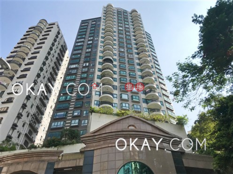 Property Search Hong Kong | OneDay | Residential Sales Listings | Unique 3 bedroom on high floor with parking | For Sale