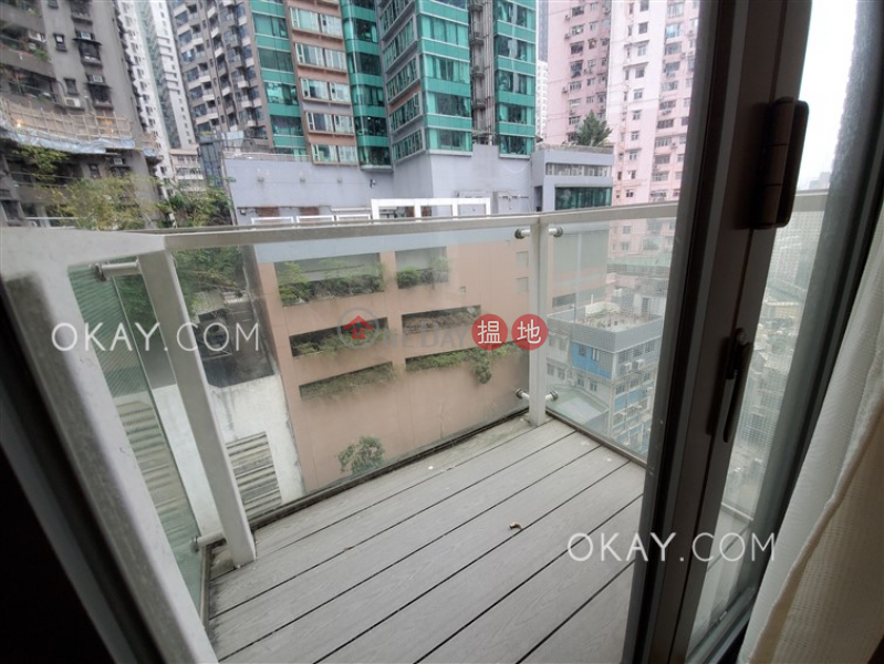 HK$ 30,000/ month Centre Point, Central District, Nicely kept 2 bedroom with balcony | Rental