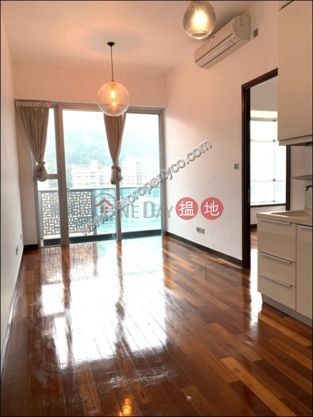 Furnished apartment for rent in Wan Chai, J Residence 嘉薈軒 Rental Listings   Wan Chai District (A035391)