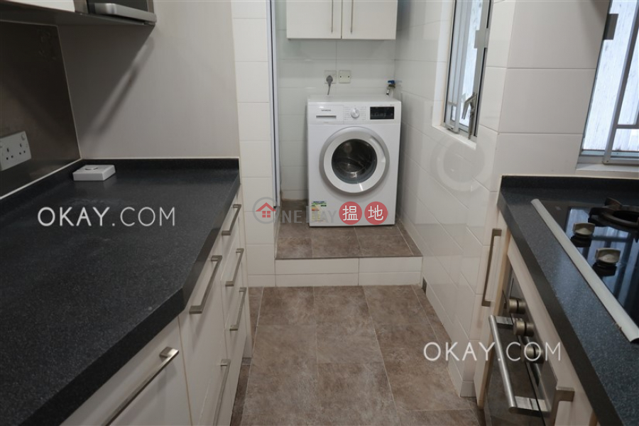 Charming 2 bedroom with harbour views | Rental | Block C1 – C3 Coral Court 珊瑚閣 C1-C3座 Rental Listings