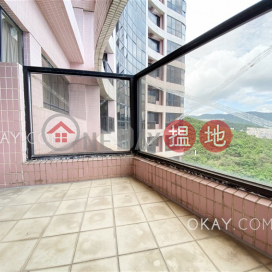 Luxurious 3 bed on high floor with sea views & balcony | Rental