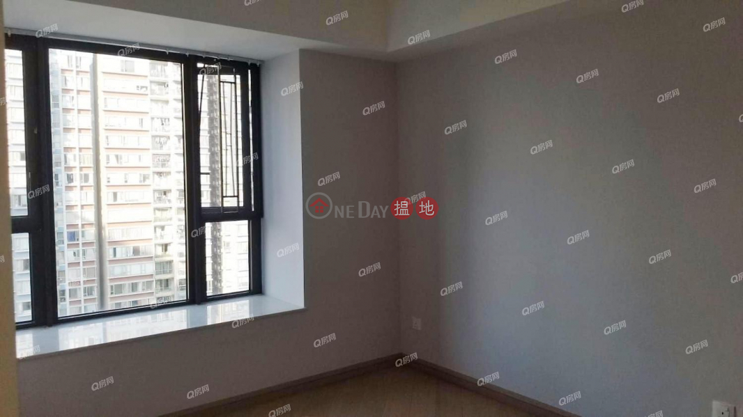 Property Search Hong Kong | OneDay | Residential | Sales Listings | Park Signature Block 1, 2, 3 & 6 | 3 bedroom Mid Floor Flat for Sale