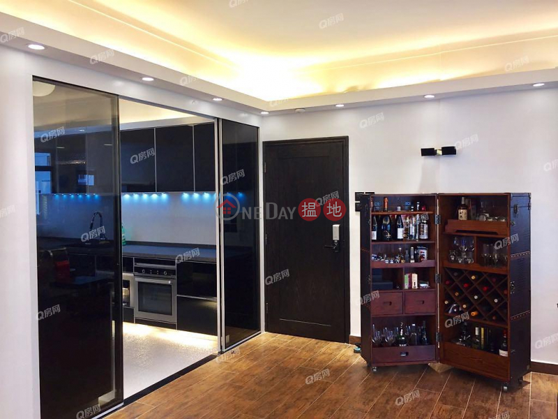 Property Search Hong Kong | OneDay | Residential Rental Listings | 79-81 Blue Pool Road | 3 bedroom Mid Floor Flat for Rent