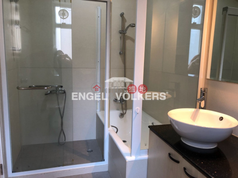 HK$ 60M, Grosvenor House | Central District | 4 Bedroom Luxury Flat for Sale in Central Mid Levels