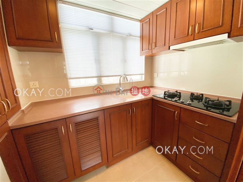 Cozy 2 bedroom on high floor | Rental 141-145 Caine Road | Central District, Hong Kong | Rental HK$ 26,800/ month
