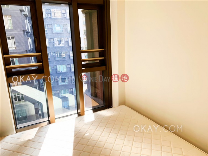 HK$ 34,000/ month, Castle One By V, Western District | Stylish 2 bedroom with balcony | Rental