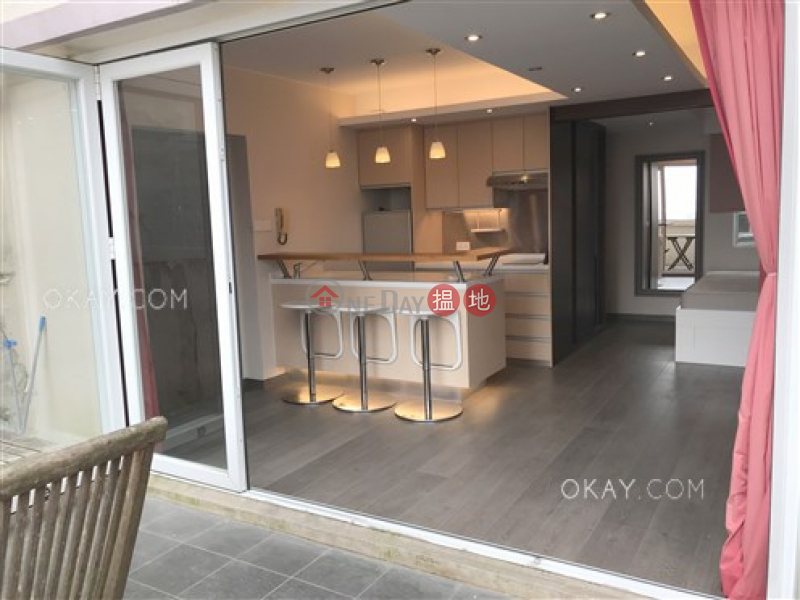 Elegant 1 bedroom with terrace | For Sale, 31-37 Mosque Street | Western District | Hong Kong Sales, HK$ 13M