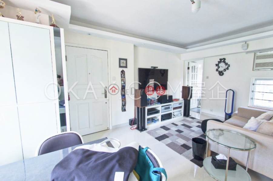 Unique 2 bedroom on high floor with rooftop   For Sale   Graceful Court 兆禧閣 Sales Listings