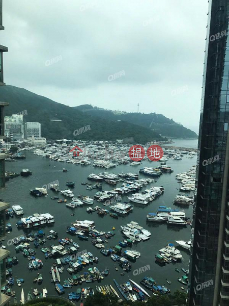 Property Search Hong Kong | OneDay | Residential Sales Listings Sham Wan Towers Block 2 | 3 bedroom Mid Floor Flat for Sale