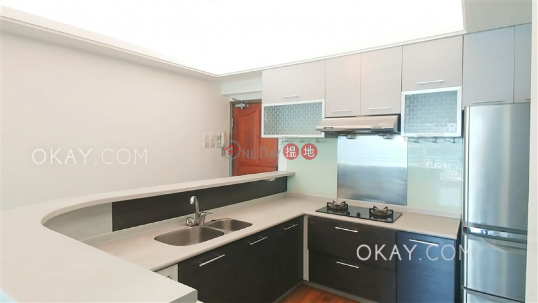 Unique 3 bedroom with balcony | Rental, 271-275 Gloucester Road | Wan Chai District | Hong Kong | Rental | HK$ 30,000/ month