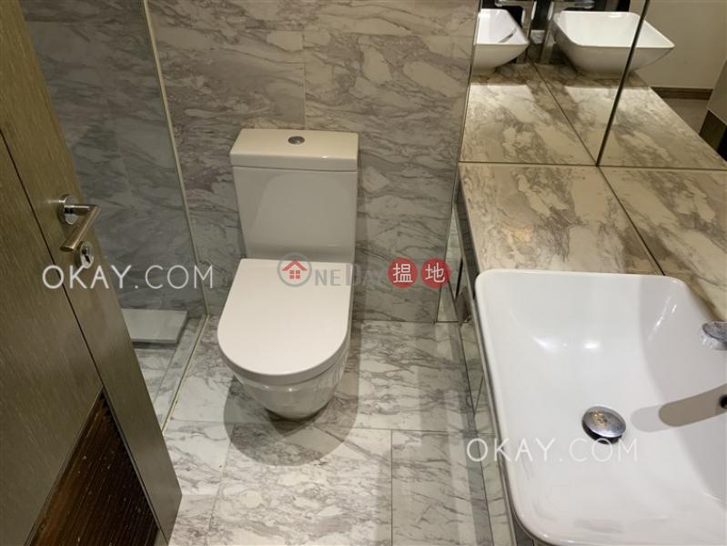 HK$ 36,000/ 月|尚賢居|中區2房1廁,星級會所,可養寵物,露台《尚賢居出租單位》