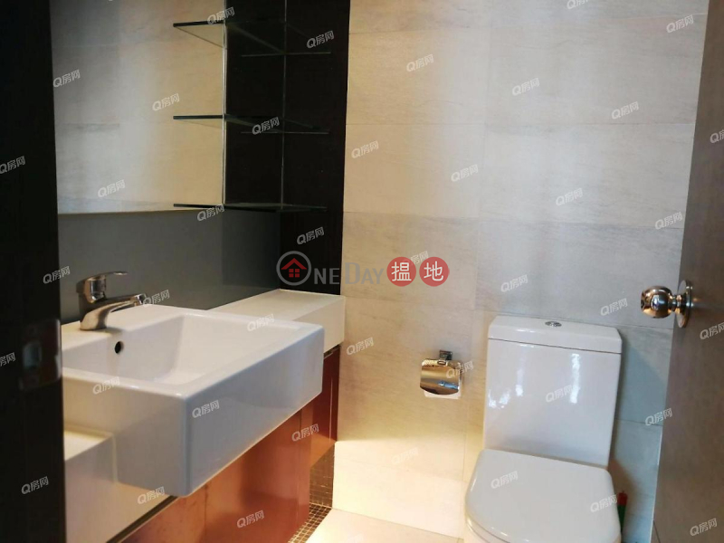 Property Search Hong Kong | OneDay | Residential, Rental Listings, Tower 6 Grand Promenade | 2 bedroom Low Floor Flat for Rent