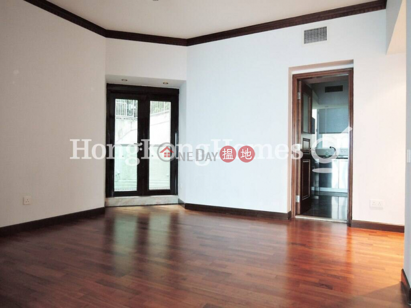 HK$ 95,000/ month Haking Mansions, Central District   3 Bedroom Family Unit for Rent at Haking Mansions