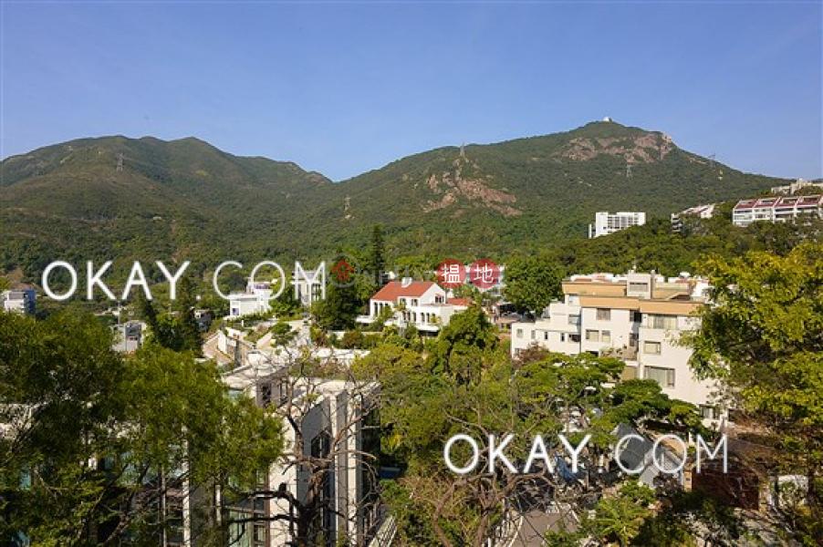 Beautiful house with terrace & parking | Rental | Evergreen Garden 松柏花園 Rental Listings