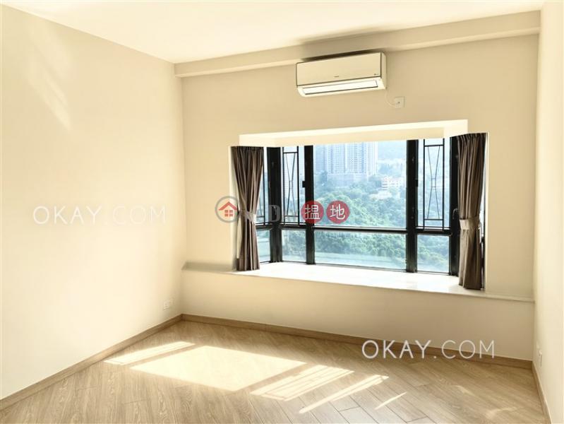 3房2廁,實用率高,極高層,星級會所《比華利山出售單位》-6樂活道 | 灣仔區-香港出售HK$ 4,500萬