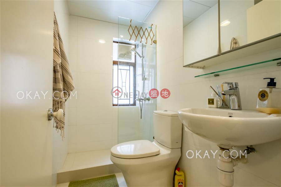 Charming 2 bedroom with terrace | For Sale, 56 Bonham Road | Western District, Hong Kong Sales HK$ 12M