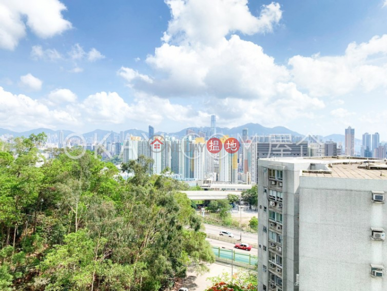 HK$ 16.5M Beacon Heights | Kowloon City, Stylish 3 bedroom on high floor with parking | For Sale