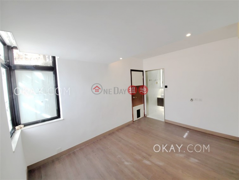 Beautiful 3 bedroom on high floor with balcony | For Sale | Holland Garden 康蘭苑 Sales Listings