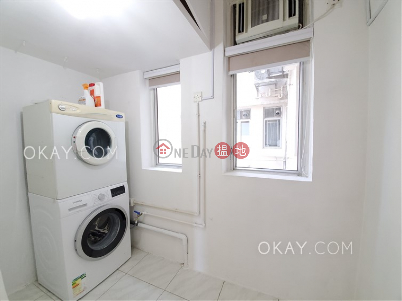 HK$ 68,000/ month, Estella Court Central District Efficient 3 bed on high floor with balcony & parking | Rental