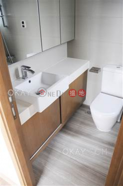 Nicely kept 2 bedroom on high floor with balcony | For Sale|Cite 33(Cite 33)Sales Listings (OKAY-S375919)_0