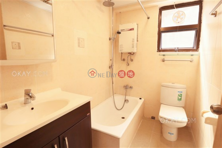 Tasteful 2 bedroom with balcony & parking | Rental | South Bay Garden Block C 南灣花園 C座 Rental Listings