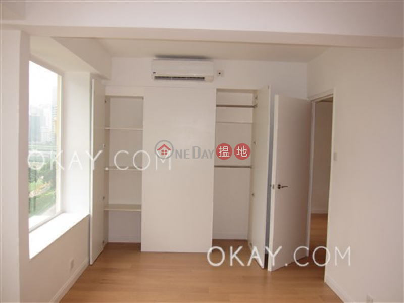 HK$ 43,000/ month | Green View Mansion, Wan Chai District | Tasteful 2 bedroom with racecourse views & balcony | Rental