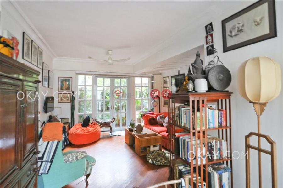 Tasteful 2 bedroom with terrace   For Sale   Rowen Court 樂賢閣 Sales Listings