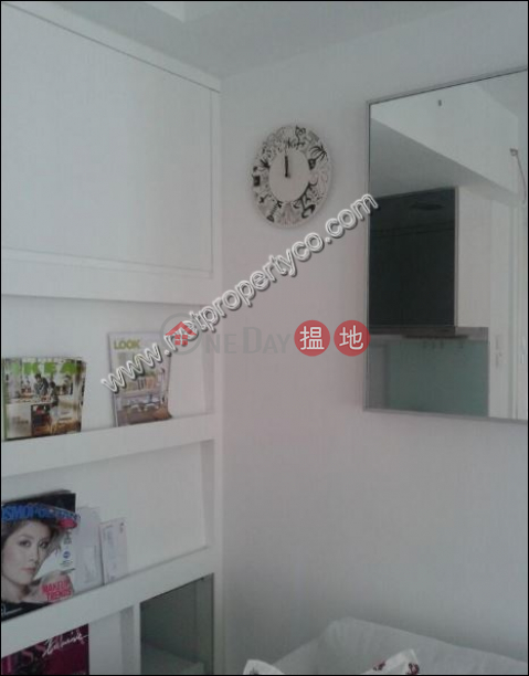 2 Bedrooms Apartment in Mid-Level Central For Rent Good View Court(Good View Court)Rental Listings (A067626)_0
