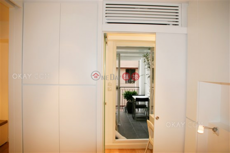 Popular 1 bedroom with balcony | For Sale | 40-42 Gough Street 歌賦街40-42號 Sales Listings