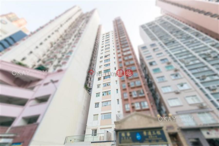 Popular 2 bedroom with terrace | For Sale | Bonham Crest 寶恆閣 Sales Listings