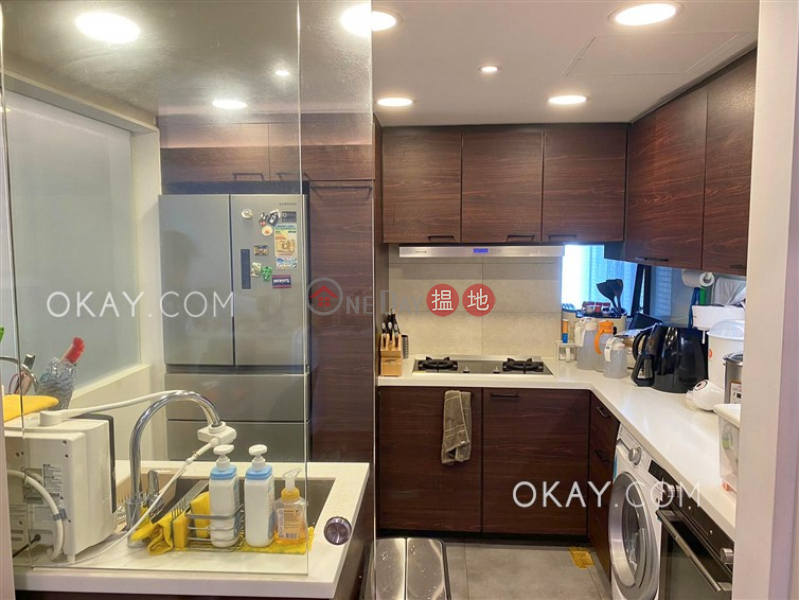 HK$ 18.3M, Primrose Court | Western District Stylish 2 bedroom with parking | For Sale