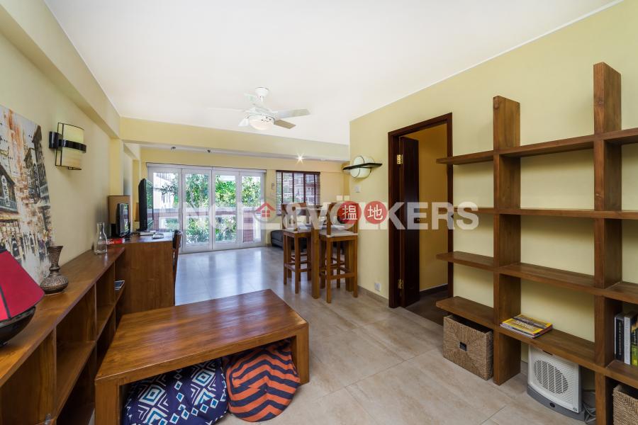 3 Bedroom Family Flat for Sale in Yuen Long | Chun Hing New Village Block 32 振興新村32座 Sales Listings