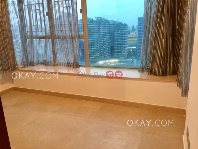 Gorgeous 3 bedroom with harbour views | Rental | The Waterfront Phase 2 Tower 6 漾日居2期6座 Rental Listings