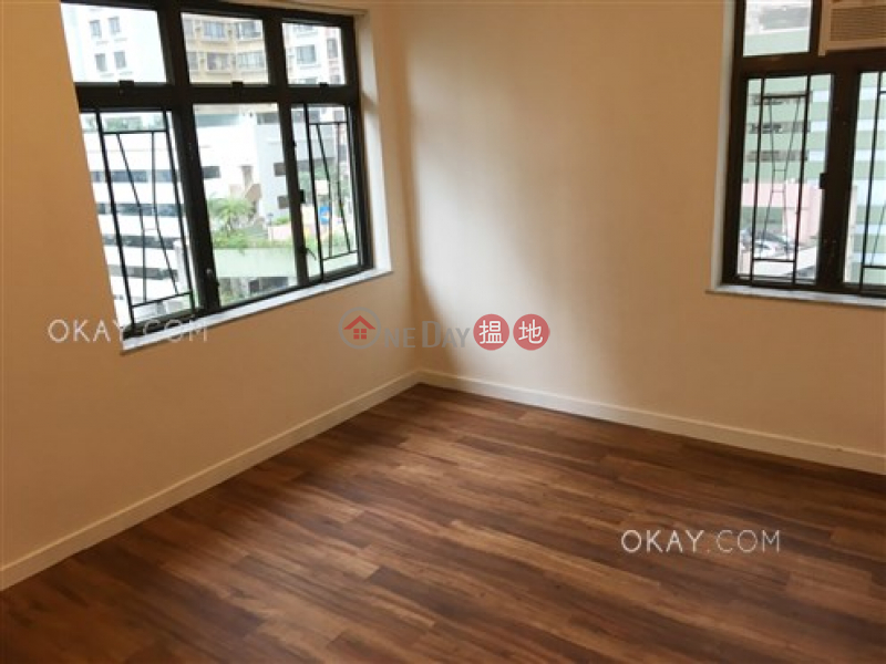 HK$ 35,000/ 月-美麗閣-西區-3房1廁,實用率高,可養寵物,連車位《美麗閣出租單位》