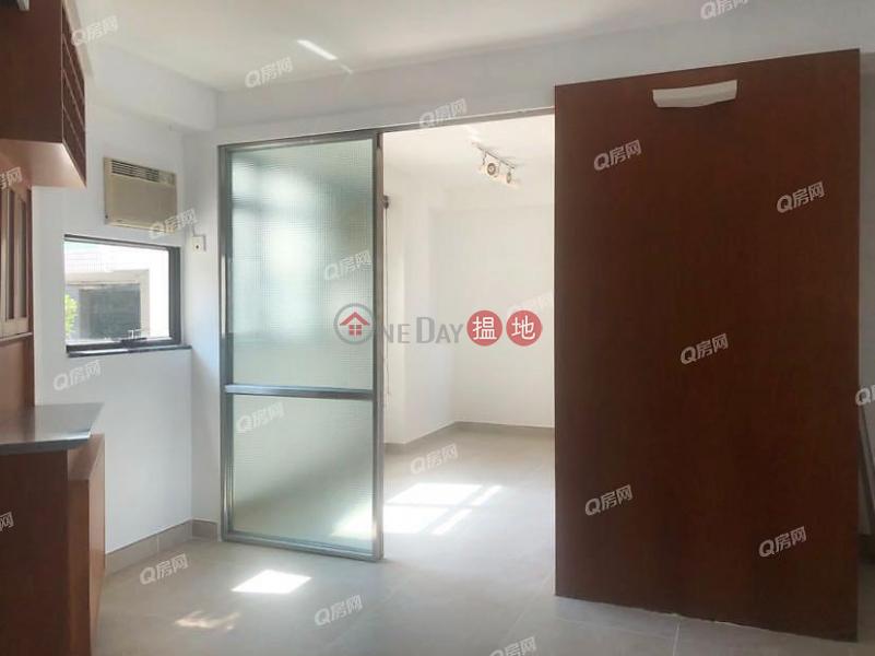 HK$ 16M, Crescent Heights | Wan Chai District | Crescent Heights | 2 bedroom Mid Floor Flat for Sale