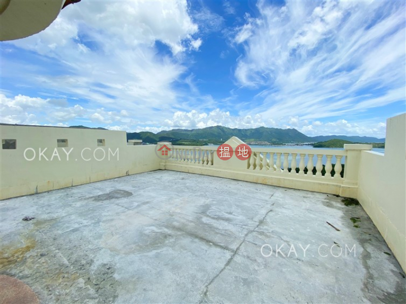 HK$ 98,000/ 月-蔚海山莊大埔區-5房4廁,連車位,獨立屋蔚海山莊出租單位