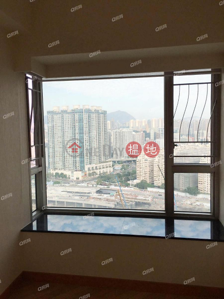Property Search Hong Kong | OneDay | Residential Sales Listings | Sorrento Phase 2 Block 2 | 3 bedroom Mid Floor Flat for Sale